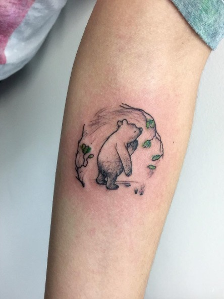 Esta ilustrado de winnie-the-pooh tatuagem