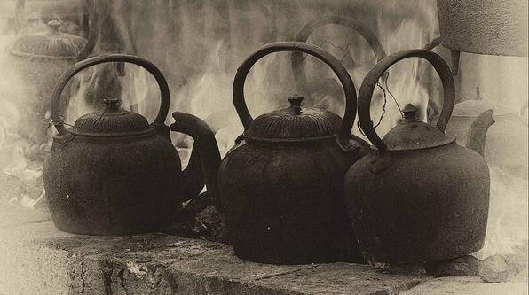 Old kettles crop