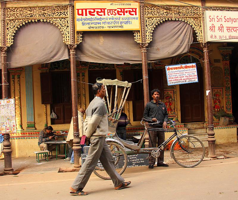 #Varanasistreets #Uttarpradeshtourism #travelblog