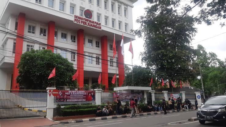 Andi Arief: Mereka Bisa Lawan Penggeledahan KPK, Tapi Tidak Bisa Ubah Fakta