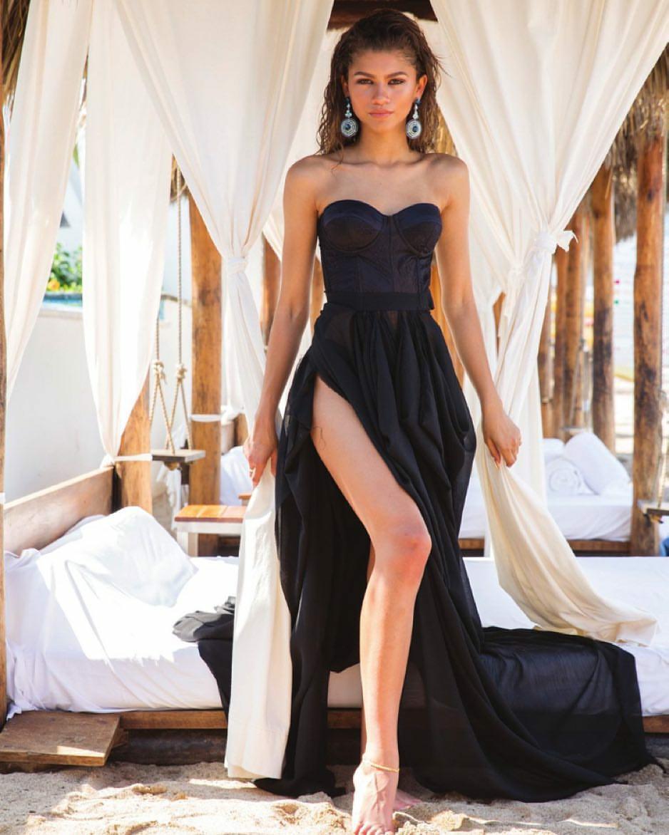 Zendaya Awesome Profile Pics - Whatsapp Images