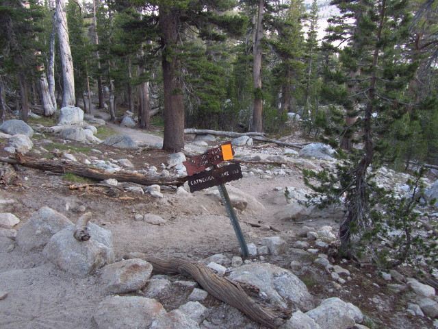 spur trail sign to Lower Cathedral Lake