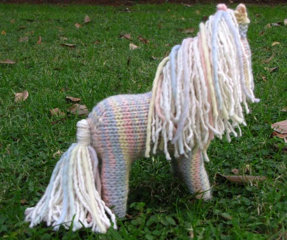 Horse Knitting Pattern is in the Shop! - Natural Suburbia