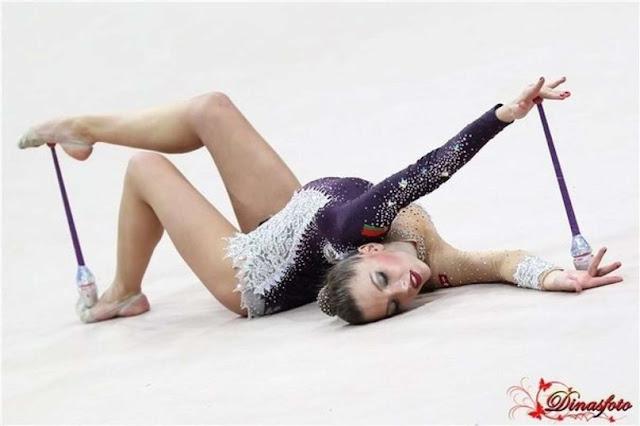 Гимнастки на каблуках, промежность скрытая камера