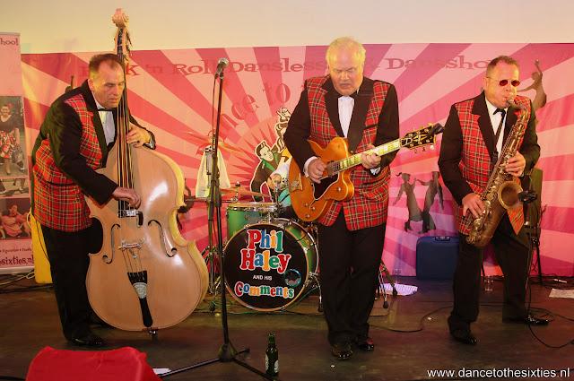 Phil Haley  & his Comments bij 20 Jaar Dance to the 60's Rock n Roll Dansschool (203).JPG