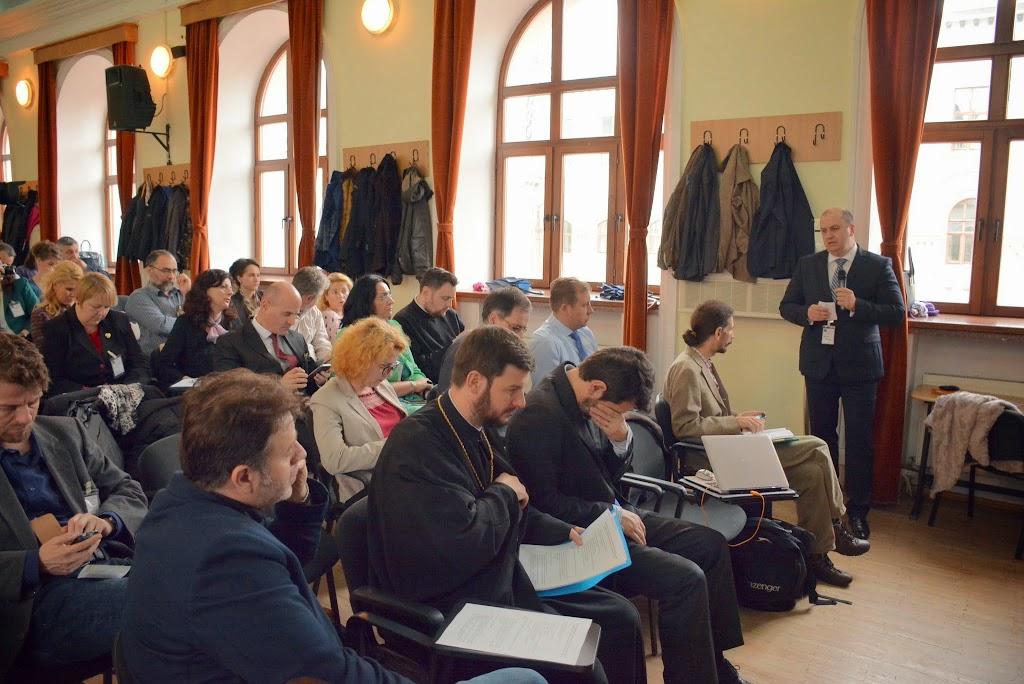Intrunirea Nationala a Asociatiei Parinti pentru ora de Religie 358