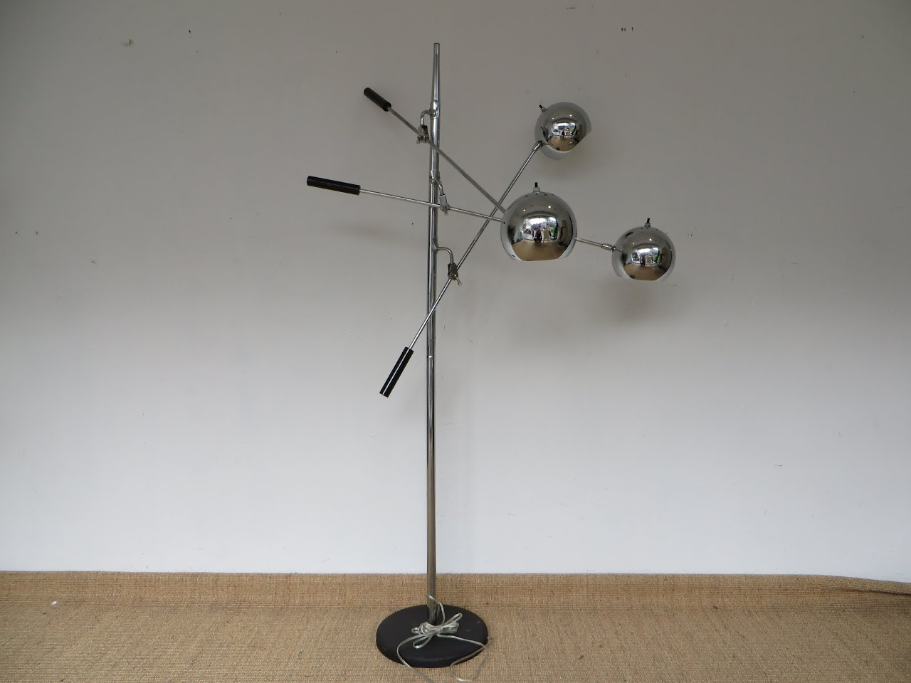 Mod Style Lamp