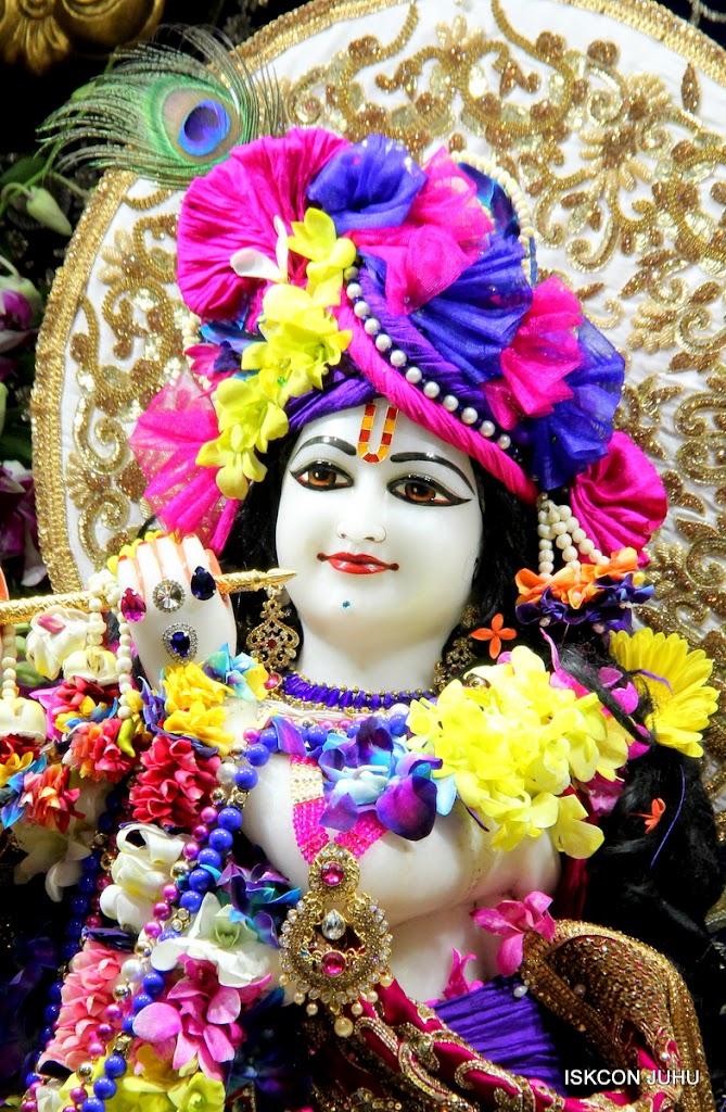 ISKCON Juhu Sringar Deity Darshan on 25th August 2016 (47)