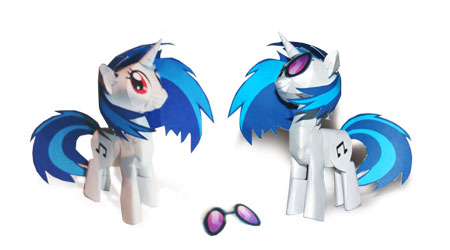 My Little Pony Papercraft Vinyl Scratch
