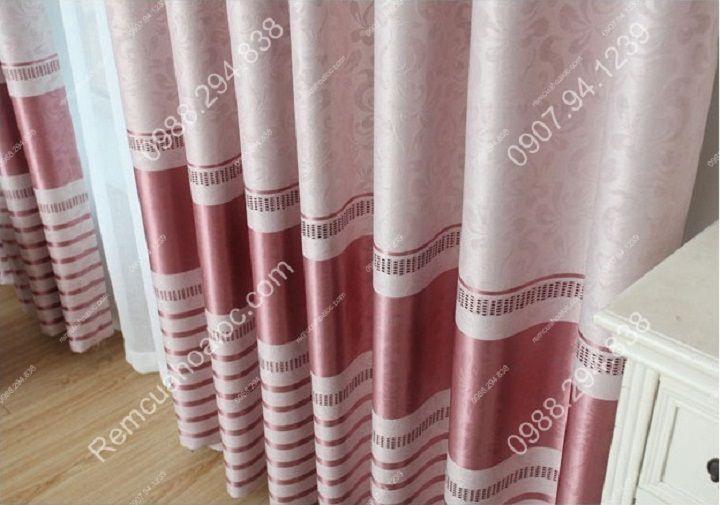Rèm cửa cao cấp đẹp một màu có diềm hồng 14