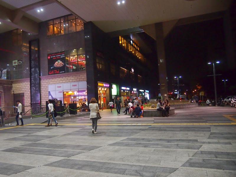 往十里(ワンシムニ)駅