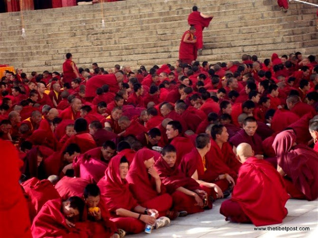 Massive religious gathering and enthronement of Dalai Lama's portrait in Lithang, Tibet. - l36.JPG