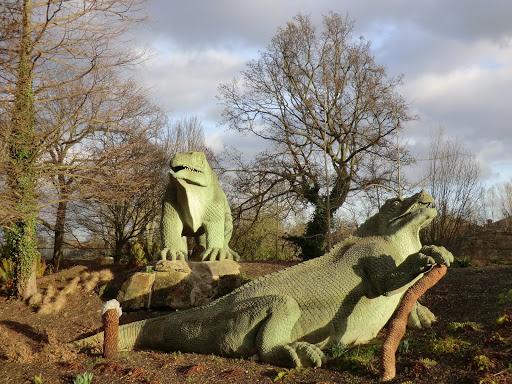 CIMG1531 Iguanodon, Crystal Palace Park