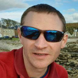 user Richard Cook apkdeer profile image