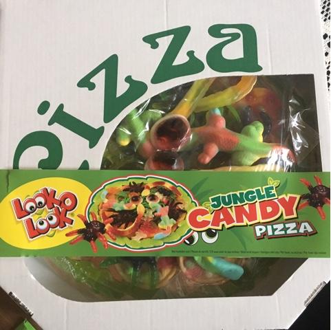 Pizza aus Süßigkeiten