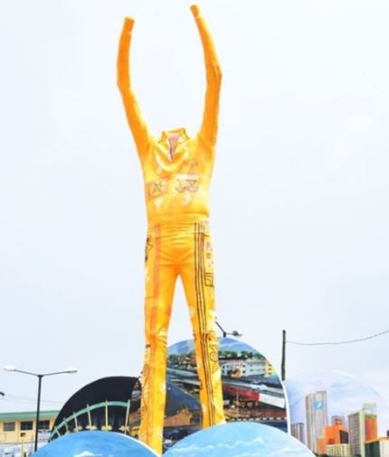 Real Reason Why This Statue Of Fela Kuti In Lagos Is Headless