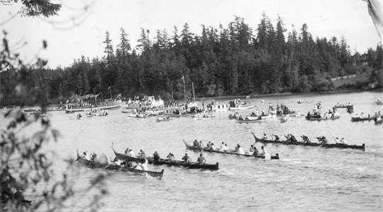 Story: La gara di canoa - Letychicche