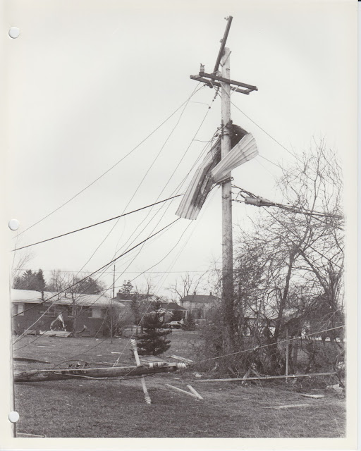 1976 Tornado photos collection - 103.tif