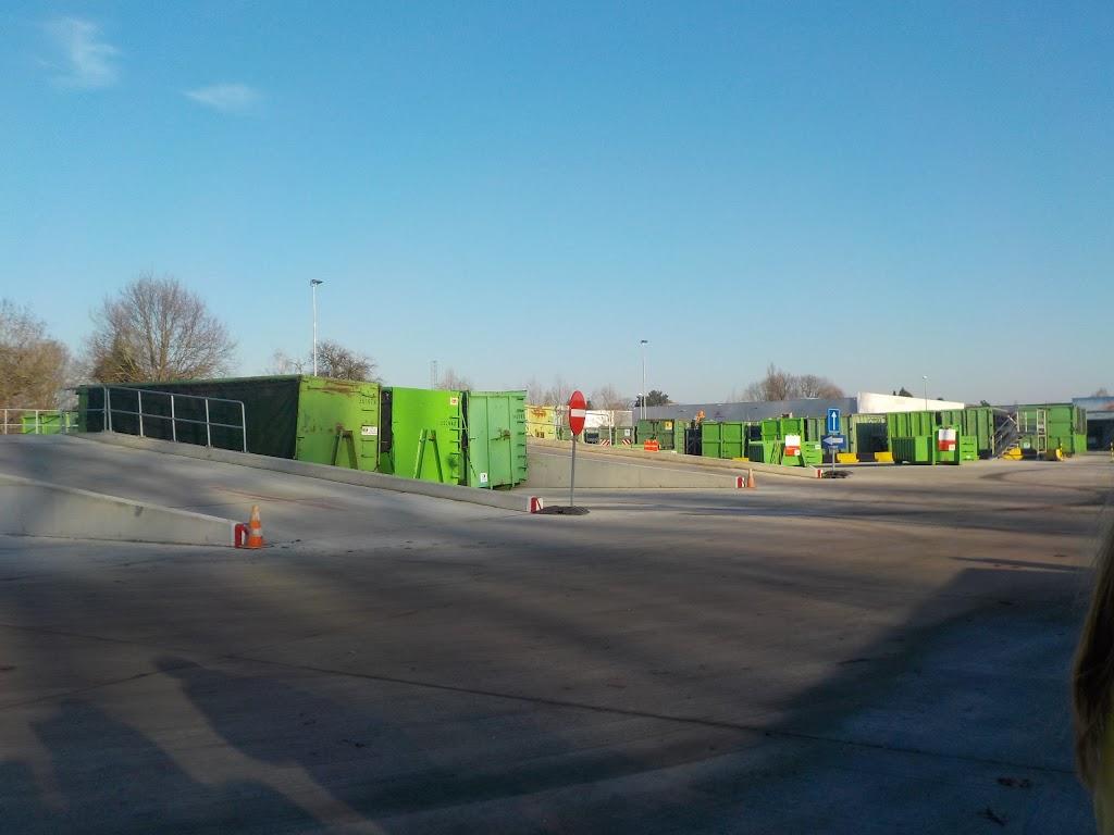 De Knetters op bezoek in het containerpark - DSCN0079.JPG