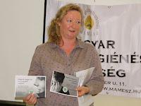 08 Hideghéthy Andrea, a SZAKC munkatársa a a Felvidéki Lelki Elsősegély Telefonszolgálatot mutatta be .jpg