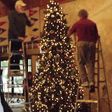 2017 Clubhouse Christmas Decorating - 033.JPG