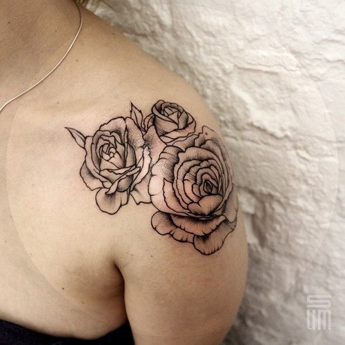 este_blackwork_rose_tattoo