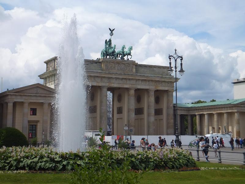 Porte de Brandenbourg, Berlin, Allemagne, Mitte,  elisaorigami, travel, blogger, voyages, lifestyle