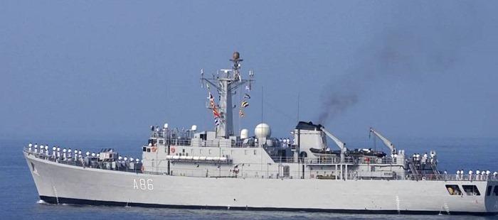 INS Tir - A86 - Cadet Training Ship - Indian Navy -01