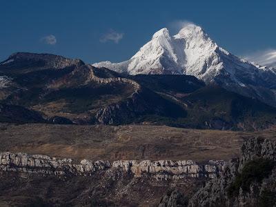 Cingles de Vallcebre, serra de Mata-rodona i el Pedraforca