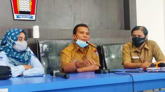 """Pemko Padang Ingin Seluruh Nelayan """"Berdasi"""""""
