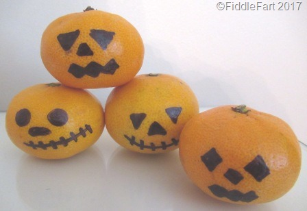 [Halloween+Satsumas%5B8%5D]