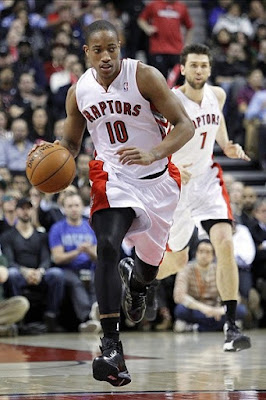 wearing brons nba lebron10 carbon demar derozan 05 Wearing Brons: Breds, Carbons, Canaries, Xmas, IDs and More!