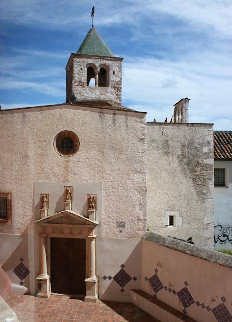 Església Castell de Castelldefels.jpg