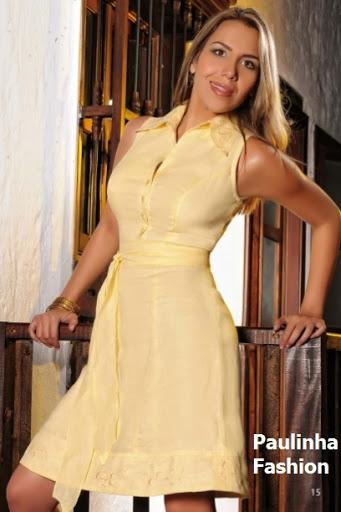 Vestido en lino con pequeños bordados a máquina