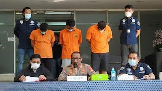 Sindikat Bikin Plat Anggota DPR Palsu, Polisi Tangkap Pegawai Samsat Polda Jabar