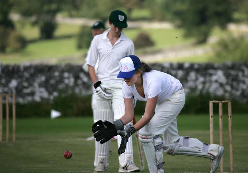 Cricket-Ladies11