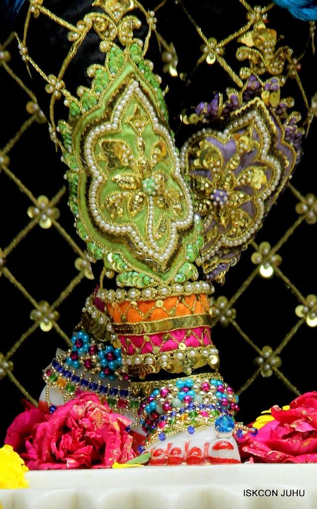 ISKCON Juhu Sringar Deity Darshan 09 Apr 16 (42)