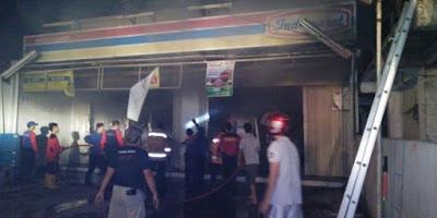 Mini Market di Klari Terbakar,Ini Penyebabnya