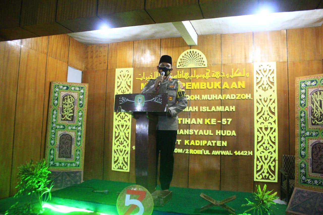 Kapolres Majalengka Hadiri Dan Buka Pra Imtihan Ke - 57 Ponpes Mansyaul Huda