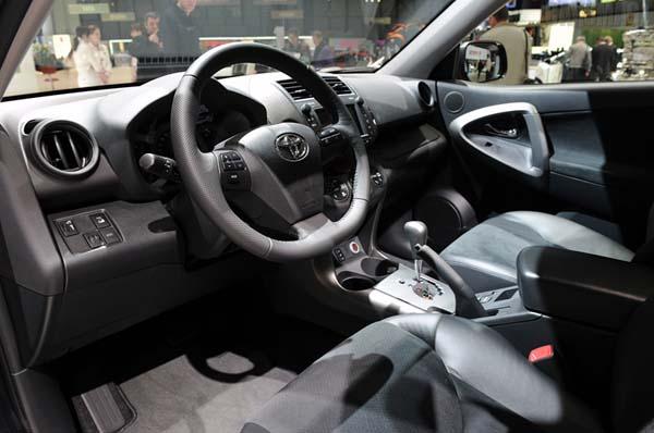 Worlds cars toyota rav4 modal 2011 for 2011 toyota rav4 interior