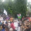 Ribuan Massa Menggelar Aksi Penolakan RUU HIP di Karawang