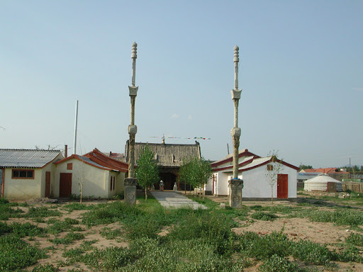 Drolma Ling Nunnery after building restoration, Ulaanbaatar, Mongolia, 2004. Photo by Ueli Minder.