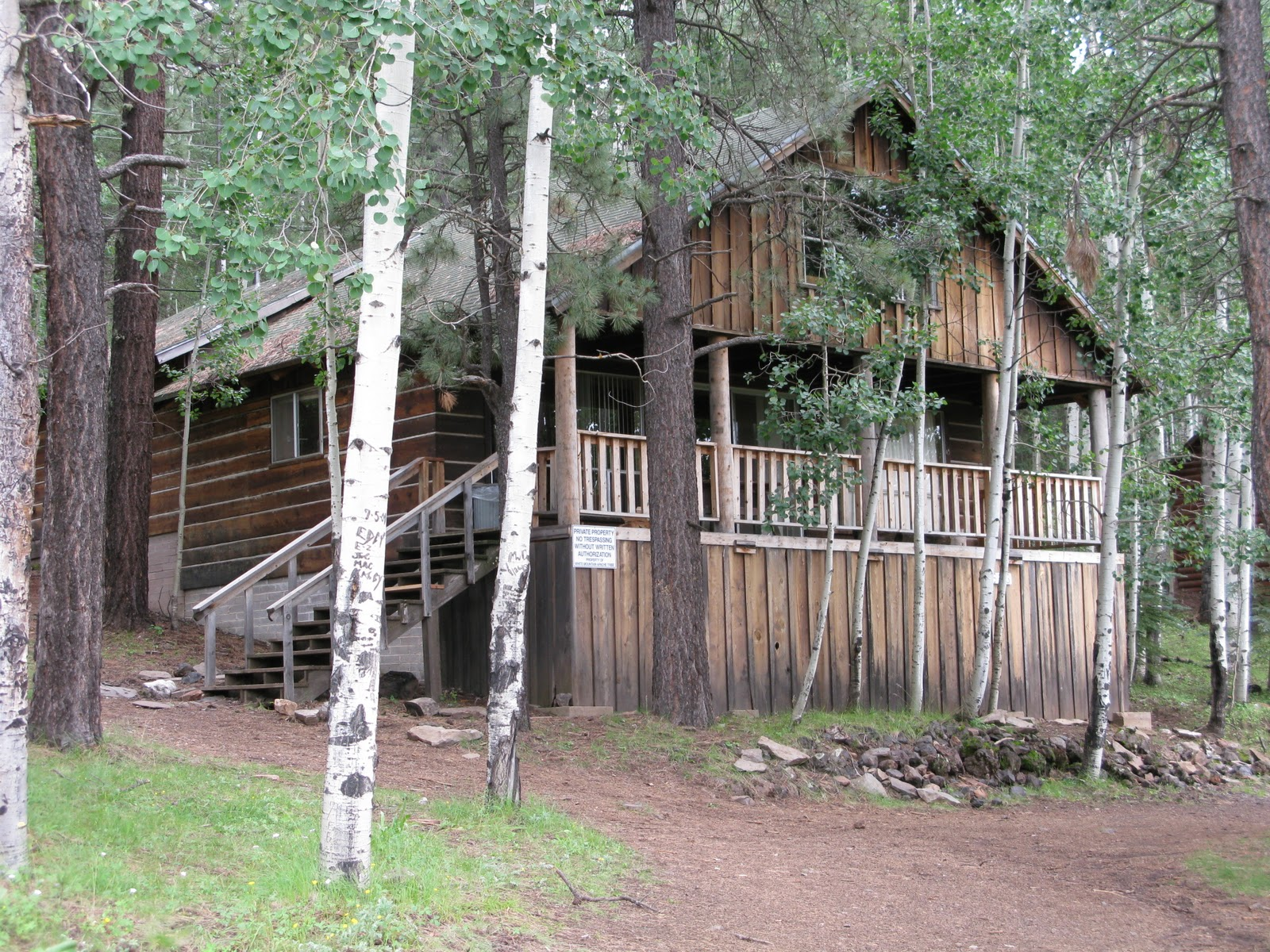 forge arizona with cabin cabins youtube and rental luxury tub rentals pool east pigeon usa watch hot