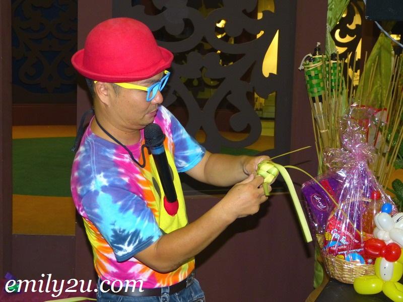 learn to make ketupat