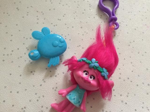 princess-poppy-keychain-unboxed