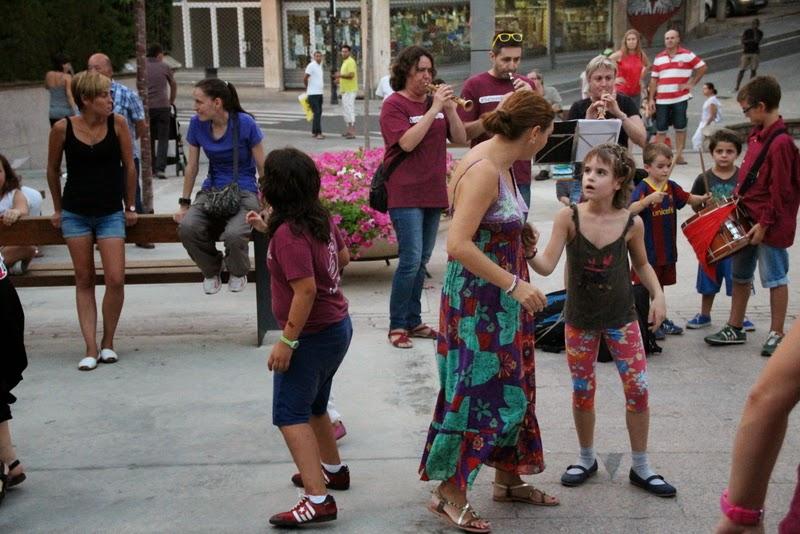 Festa infantil i taller balls tradicionals a Sant Llorenç  20-09-14 - IMG_4472.jpg