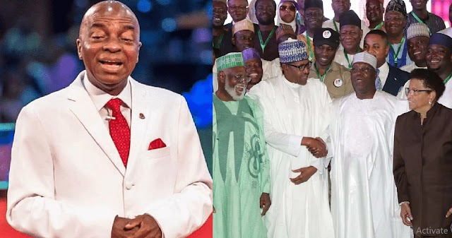 See What Bishop Oyedepo Said To A Politician Who Handed Him An Envelope Full Of Money