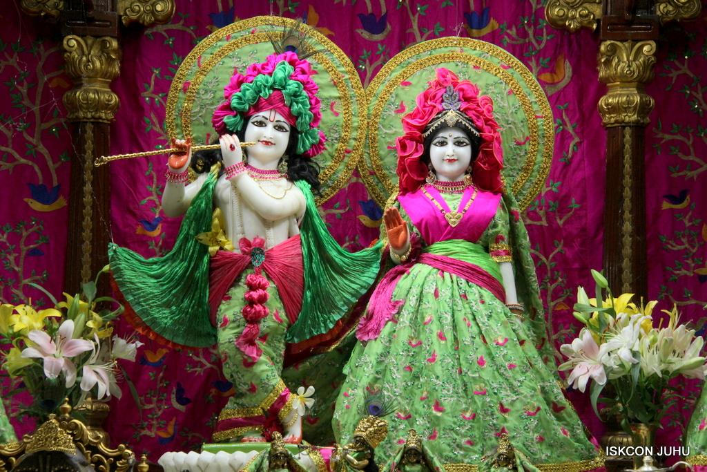 ISKCON Juhu Mangal Deity Darshan on 23rd Oct 2016 (27)