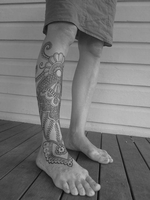 intrigante_perna_tatuagem