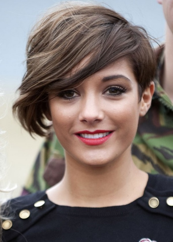 Short Hair Ideas For Woman (How to Style Short Haircuts) 8
